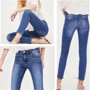 Zara Woman High Rise Medium Wash Denim Skinny Jeans